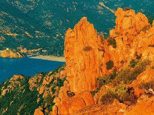 Die roten Felsen der Calanches